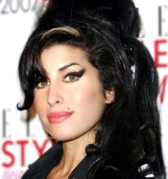 Amy Winehouse Leaves £2 million