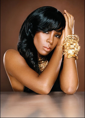 Kelly Rowland, the X Factor judge returns to London